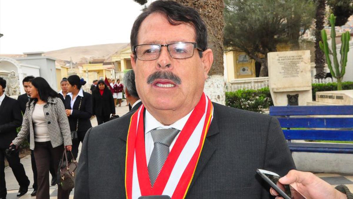Rector Adilio Portella dejará su cargo el 27 de octubre (foto Sin Fronteras)